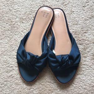 Navy Blue slide sandals | knot detail